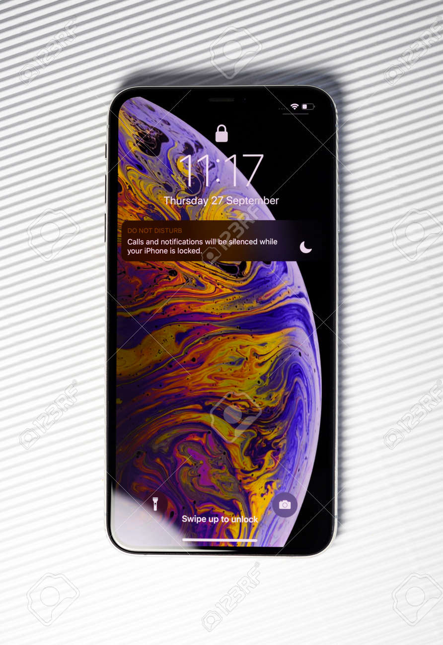 Immagini Stock Paris France Sep 27 2018 New Iphone Xs Max