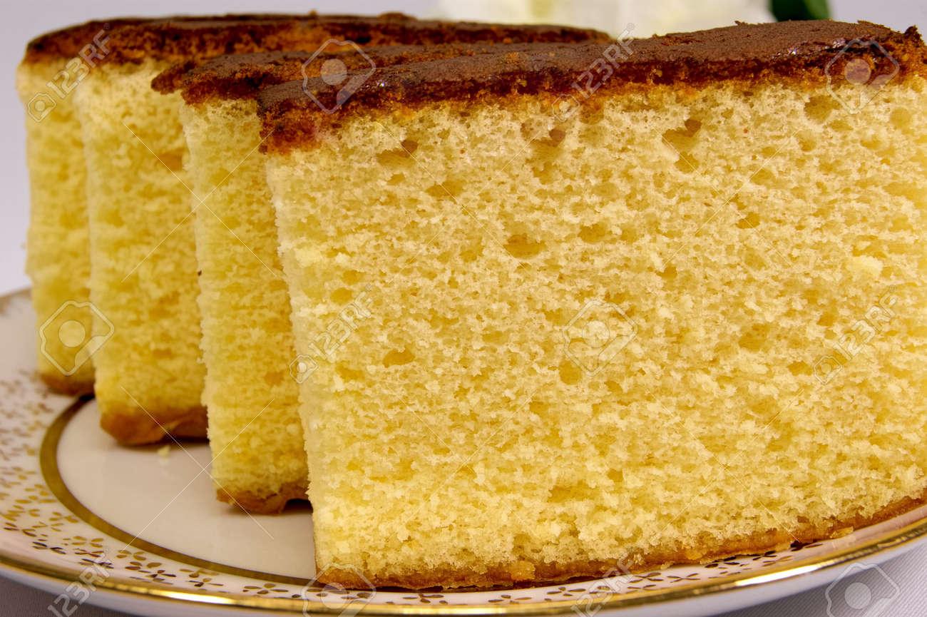 Sponge cake - 51568002