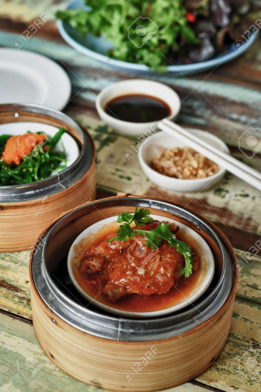 Yumcha Dim Sum In Steamer Di Bambu Cucina Cinese Foto Royalty Free