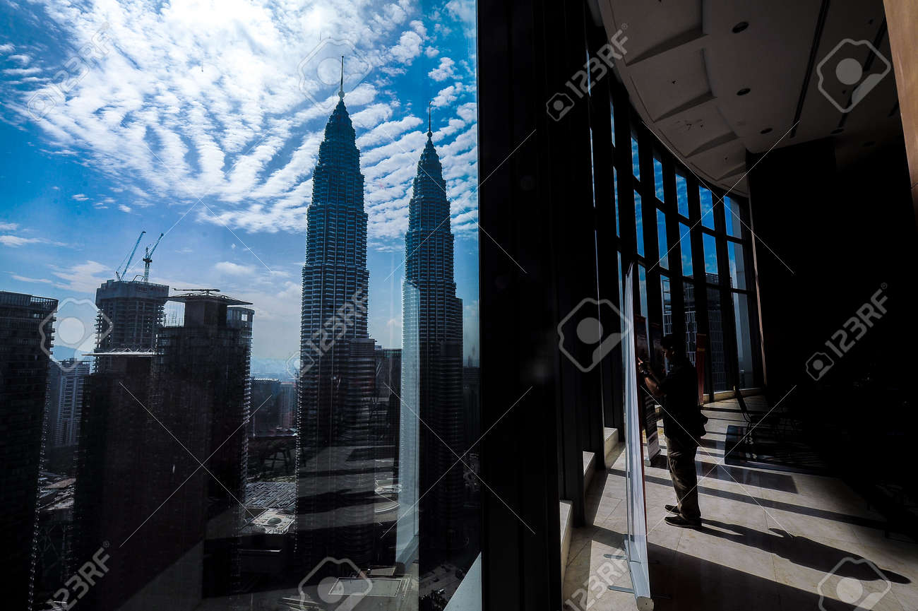 Kuala Lumpur December 14 2016 A Man Takes A Photograph Of Malaysia