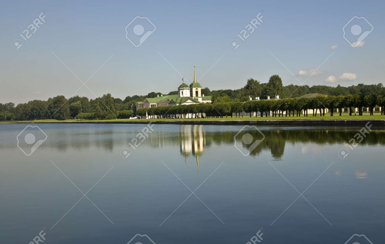 Moscow, Russia - June 19, 2010: palace of earl Sheremetyev in mansion Kuskovo. Stock Photo - 13266585