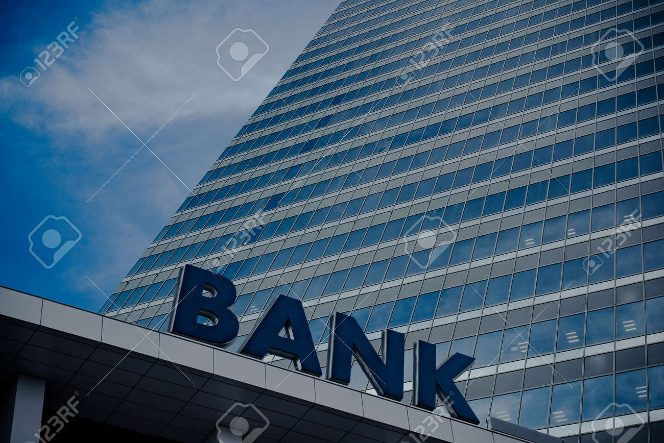 Bank building - 50747096