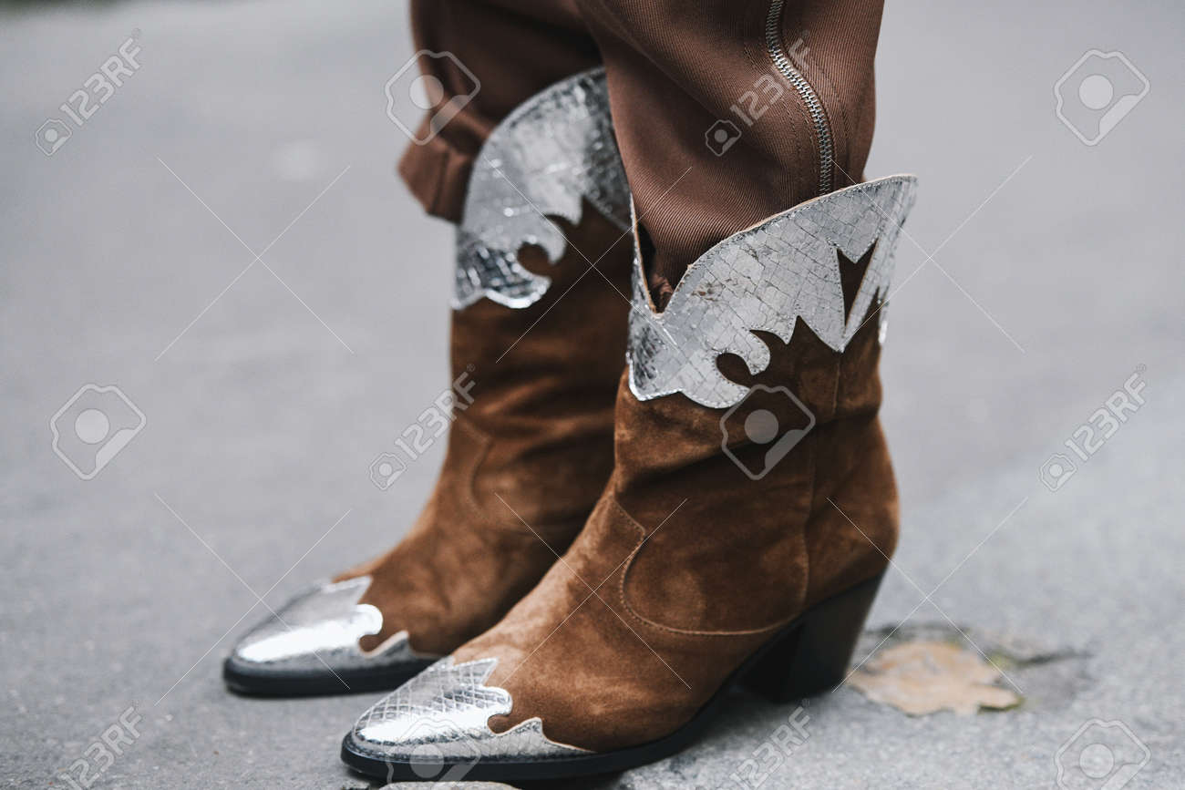 Paris, France - March 03, 2019: Street style outfit - Cowboy Boots in detail after a fashion show during Paris Fashion Week - PFWFW19 - 134699740