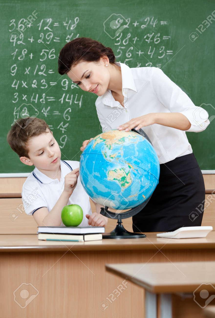 Учительница по географии 2 фотография