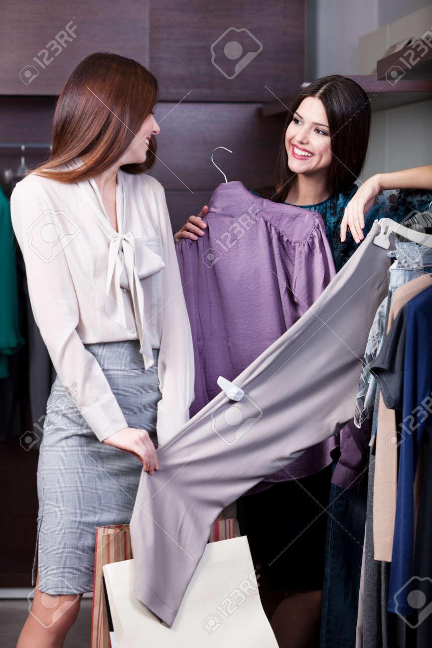 Friends go shopping Stock Photo - 18338240