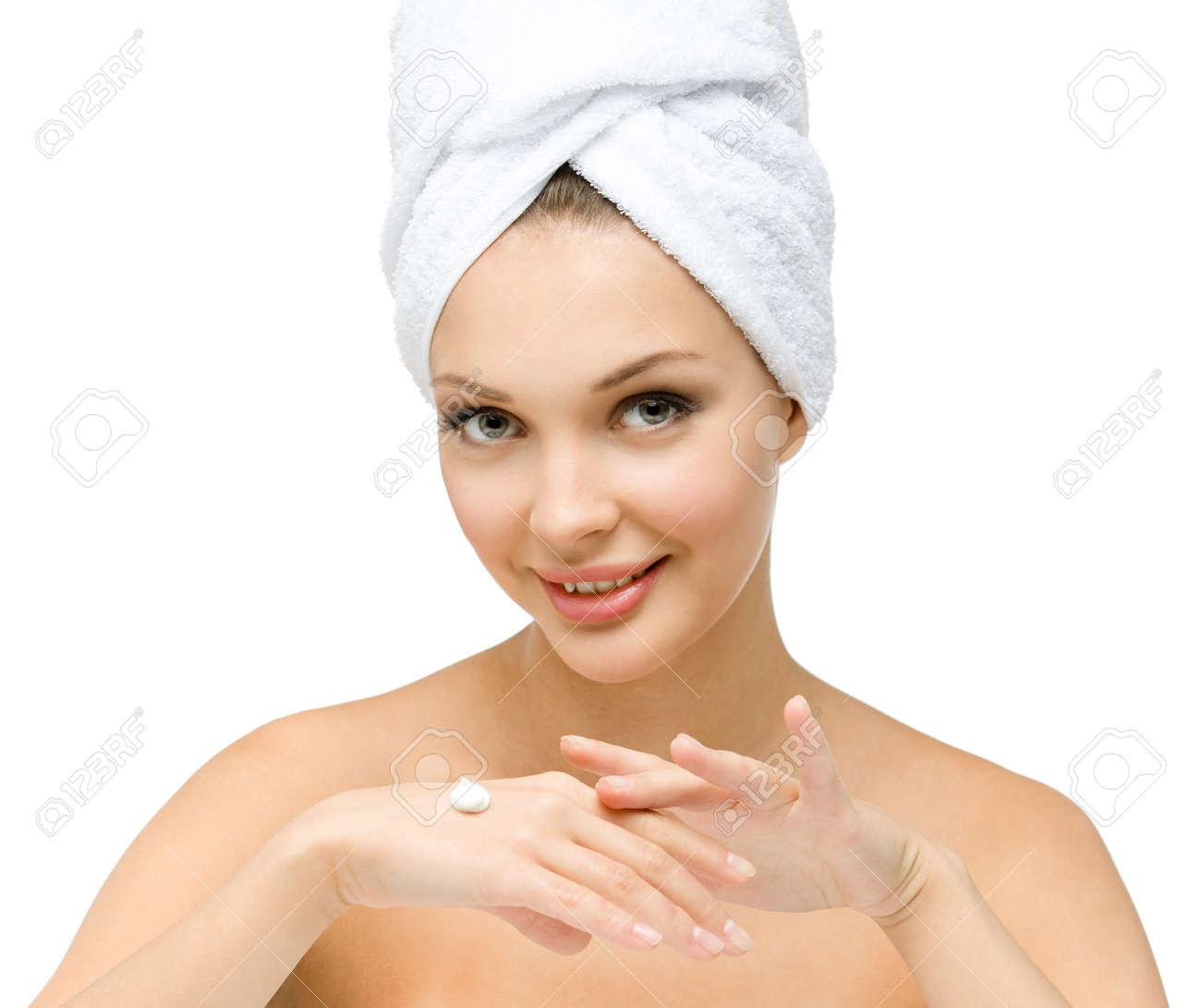 Фото девушек в полотенце зеленом