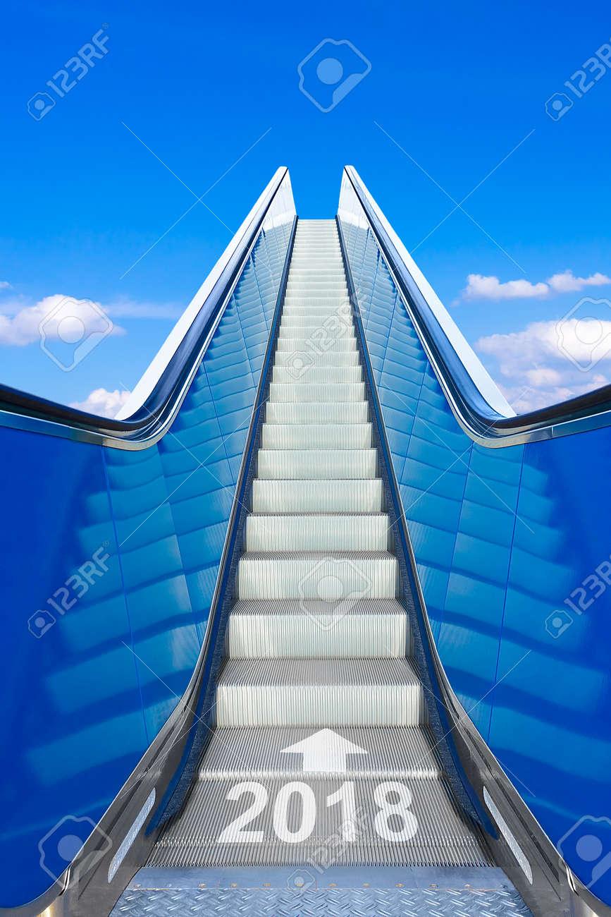 escalator blue sky year 2018 - 89788540