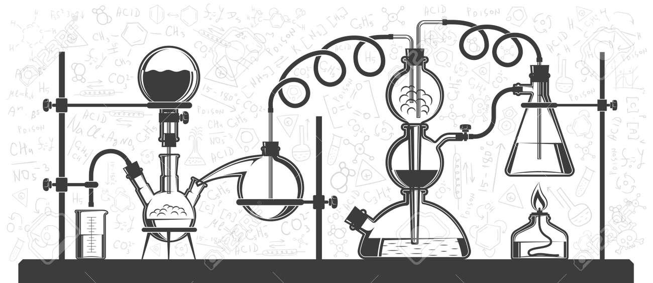 Reacción Química Consistente En Matraces Y Mangueras En Un ...