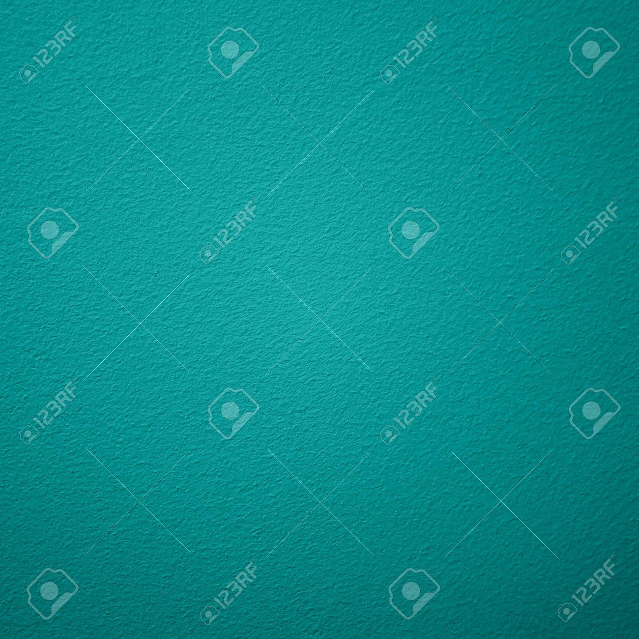 Turquoise - 121581129