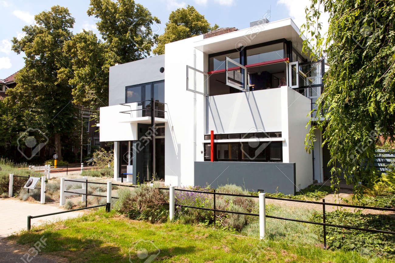Ostfassade Der Rietveld Schröder Haus In Utrecht Lizenzfreie Fotos