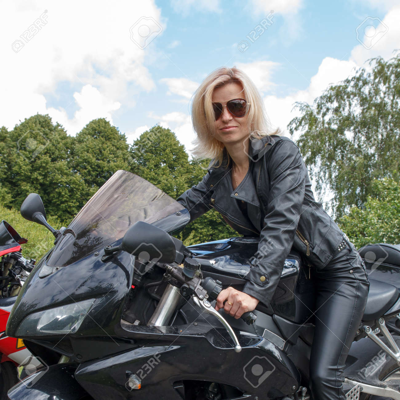 Biker clothing for women. Online clothing stores