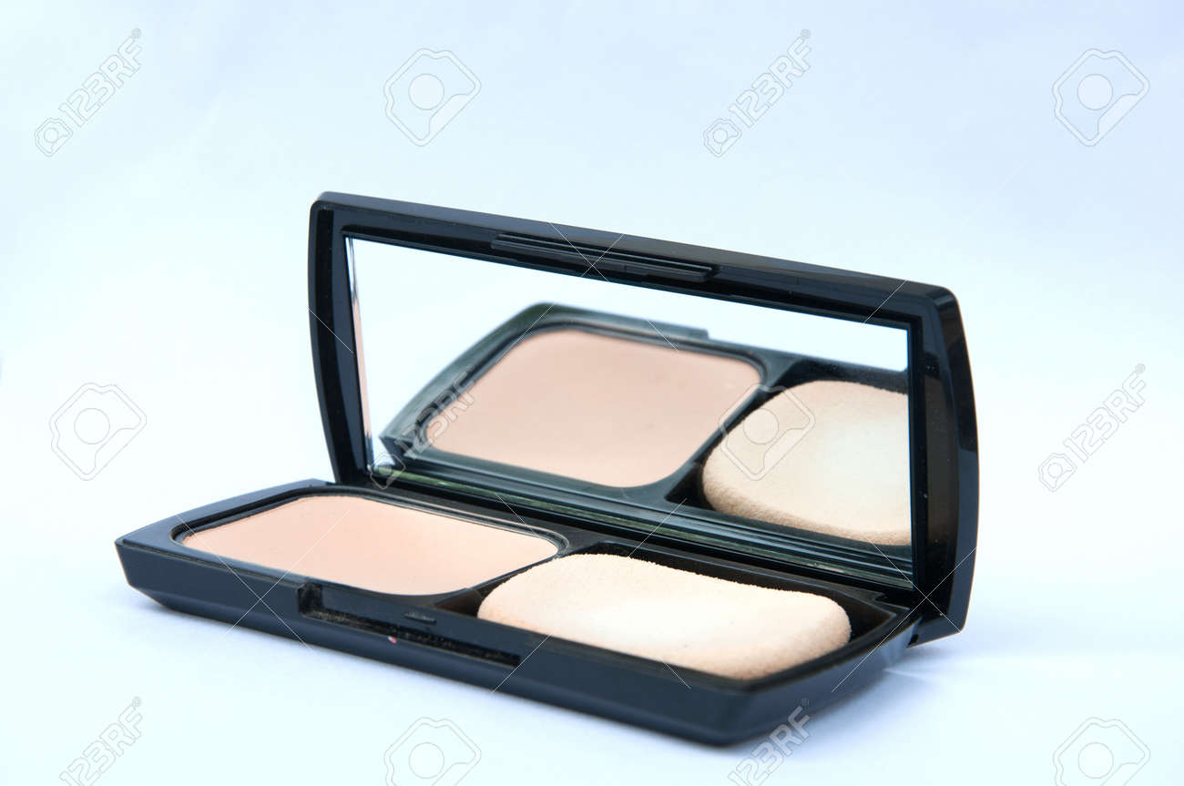 face powder with mirror Stock Photo - 15628441