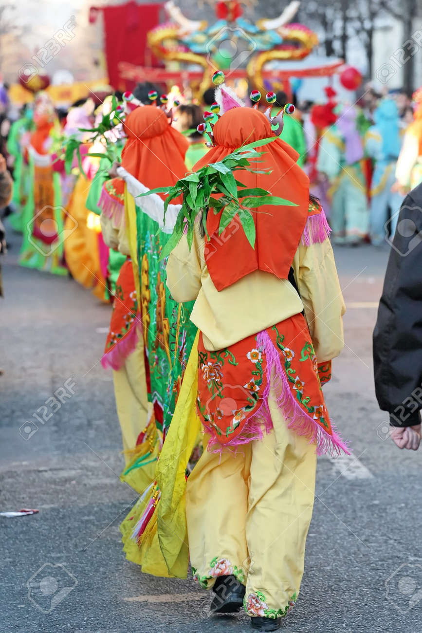 Parade and colorful clothes for Chinese New Year in Paris - 163481791