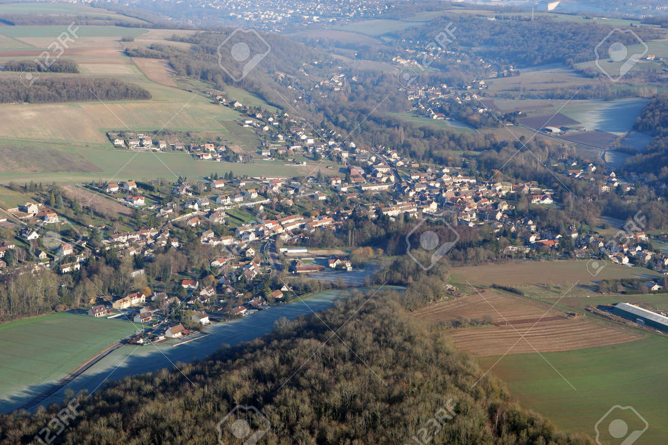Aerial photography of Municipality of Vert, in Yvelines department (78930), Ile-de-France region, France - January 03, 2010 - 164479187