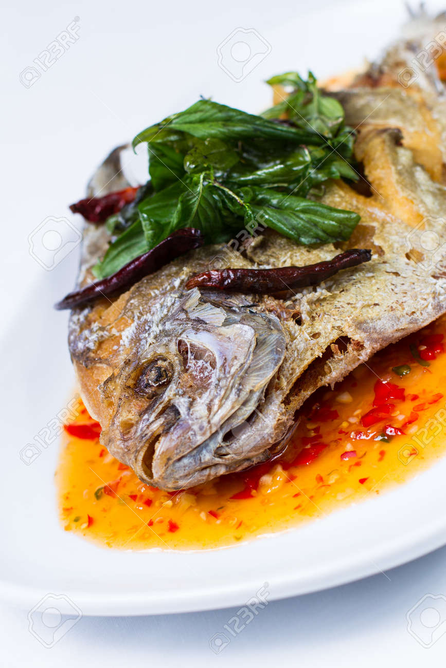 Pla Rad Prik Deep Fried Fish With Sweet Chilli Sauce Stock Photo