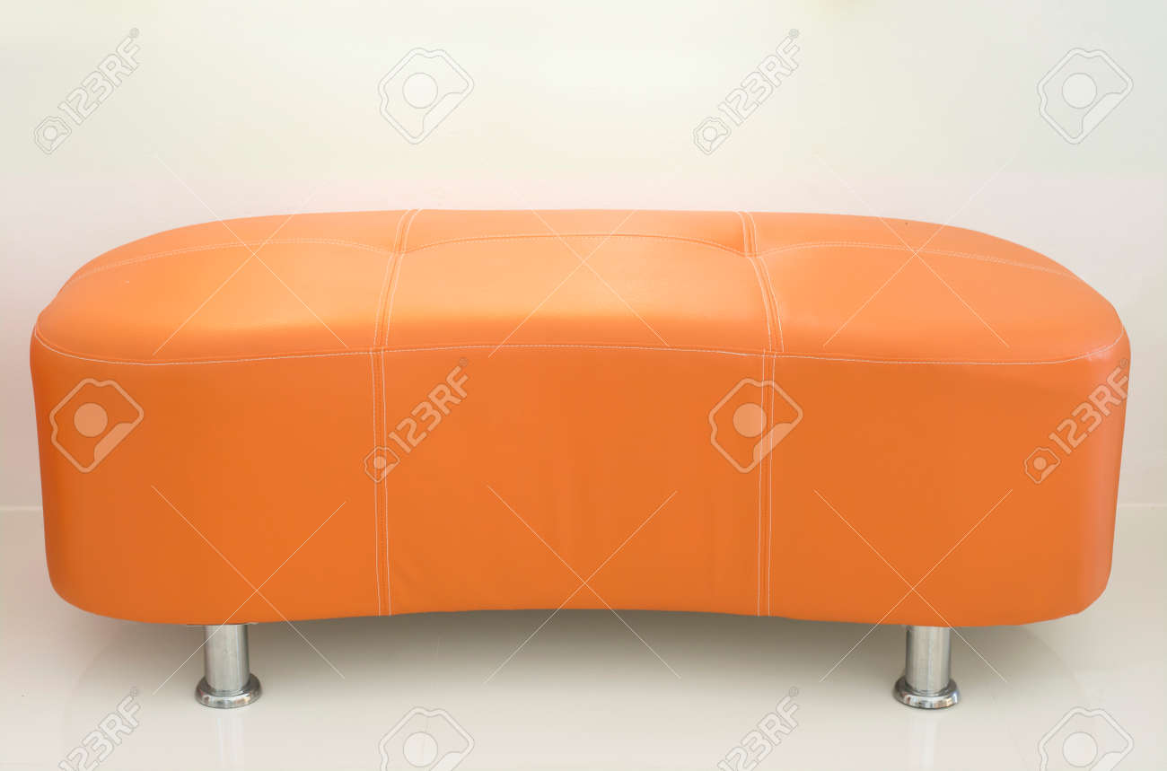 Divano Pelle Arancione : Divano in pelle arancione foto royalty free immagini immagini e