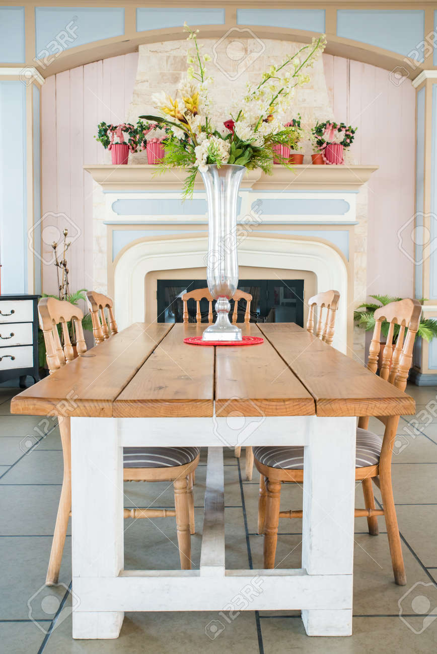 country style dining rooms. Beautiful Classical Country Style Dining Room Stock Photo - 30032254 Rooms