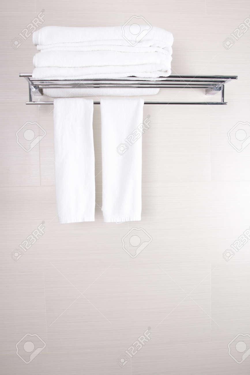Toallas de baño, cuarto de baño accesorios limpios toallas nuevas