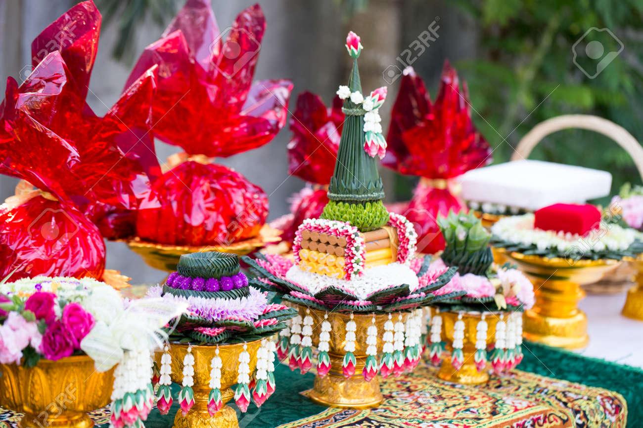 Thai Hochzeitsgeschenk Traditionelle Thai Engagement Tablett