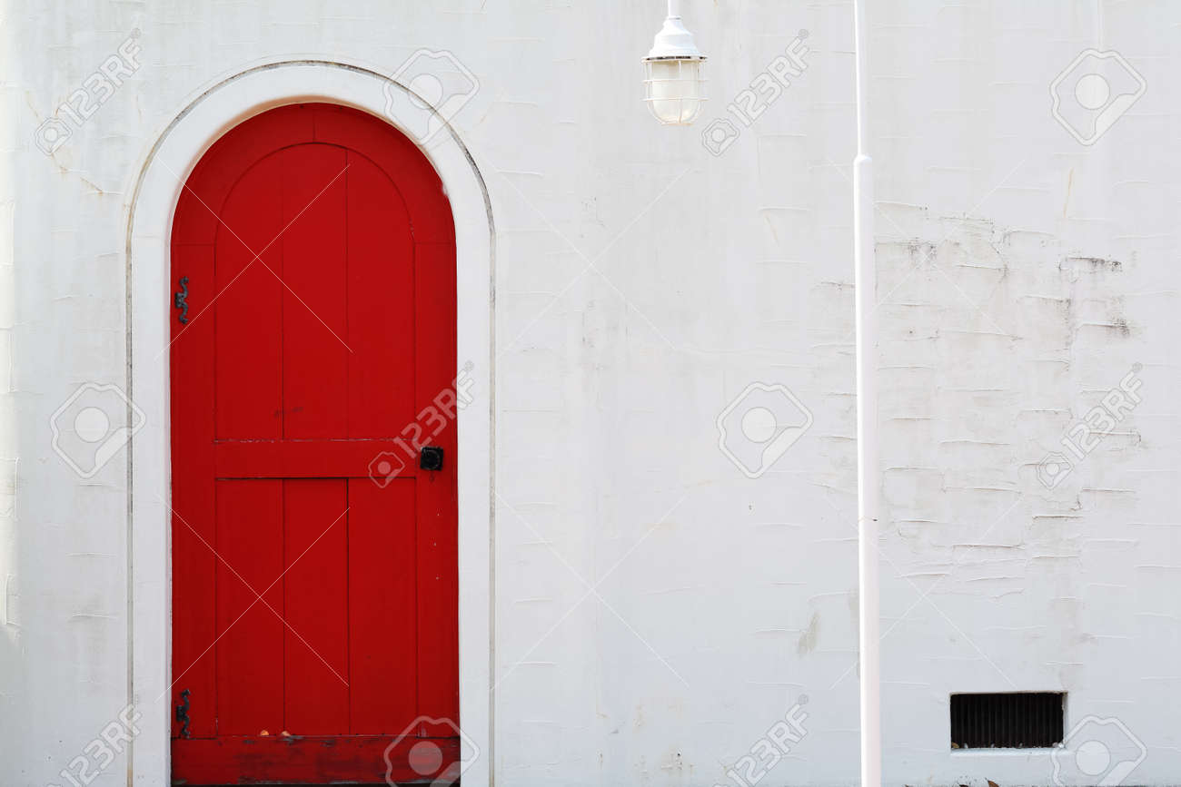 Old Wooden Red Door With Metal Doorknob Stock Photo, Picture And ...