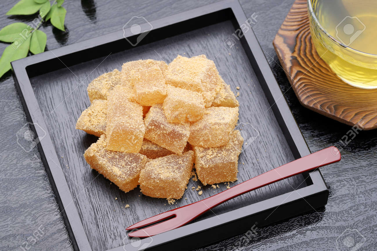 Japanese Confectionery, Warabi-mochi Sweets Stock Photo, Picture And  Royalty Free Image. Image 128567005.