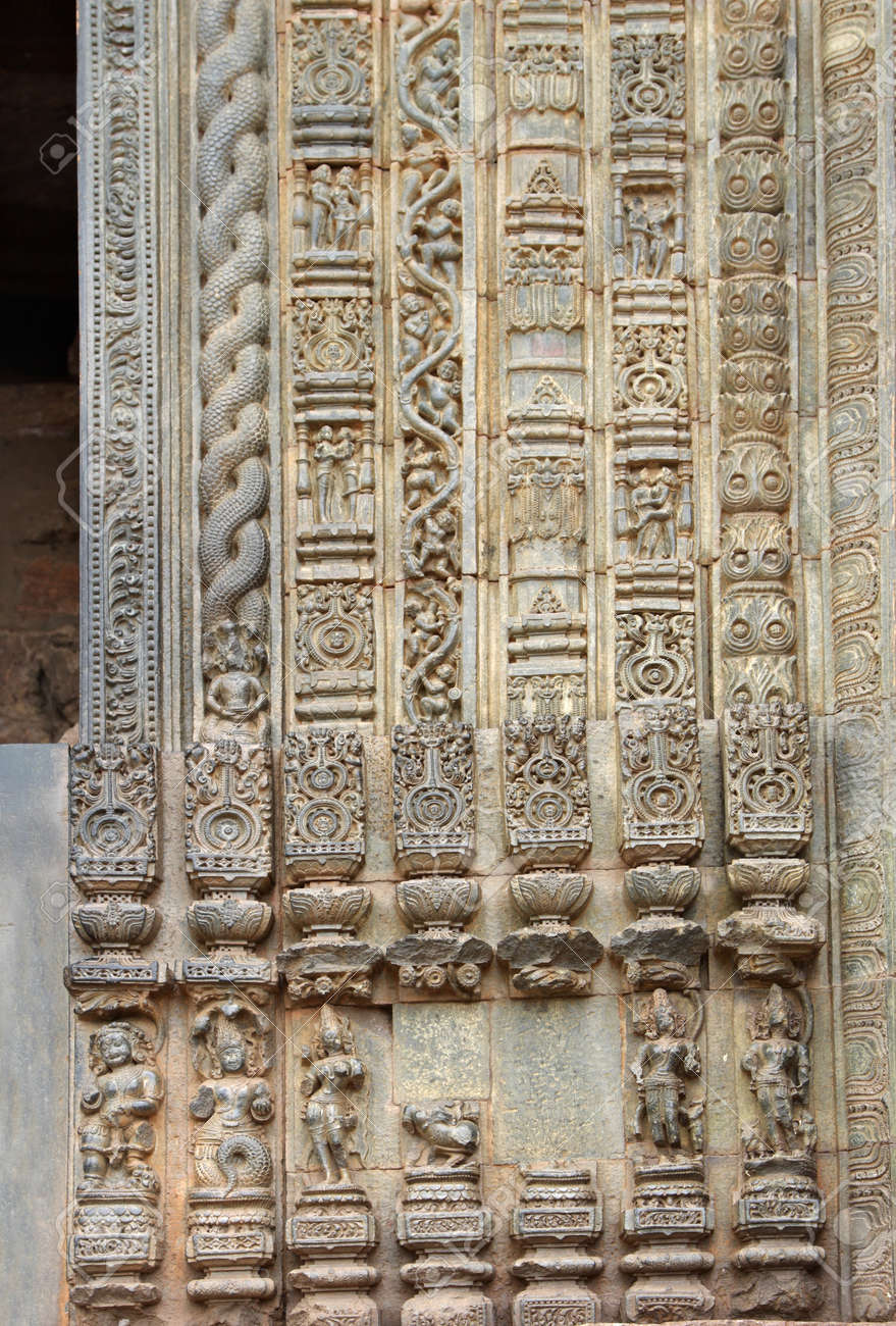 Beautiful carvings and designs on the frame of the main door