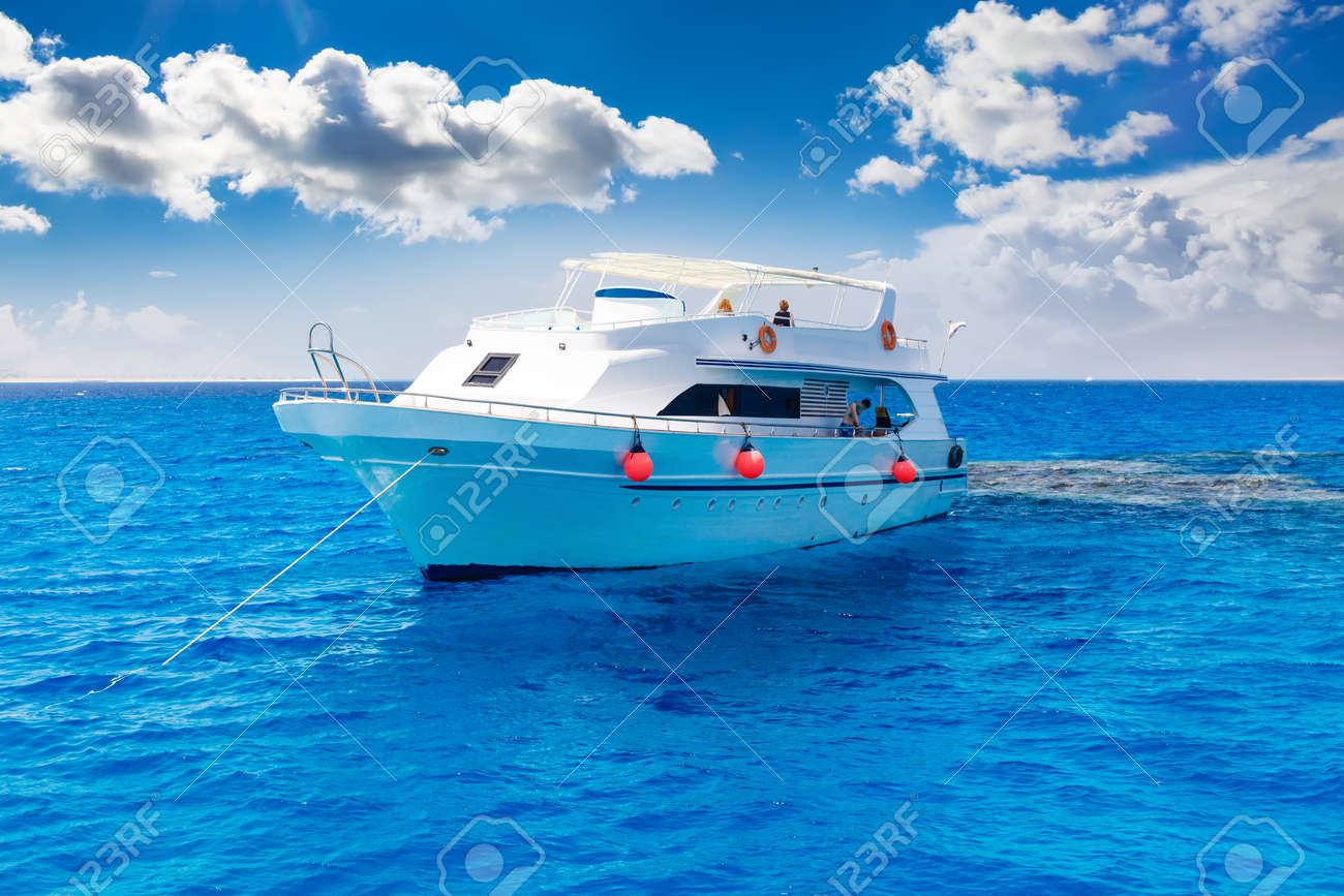 White yacht in the blue tropical sea, diving safari boat for liveaboard - 45290386