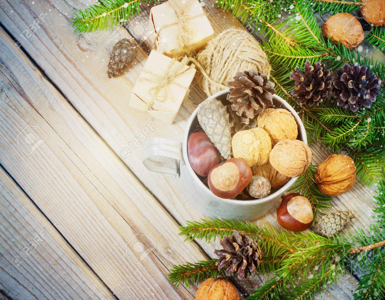 Spielwaren Für Den Weihnachtsbaum, Geschenk, Tannenbaum, Walnuss ...