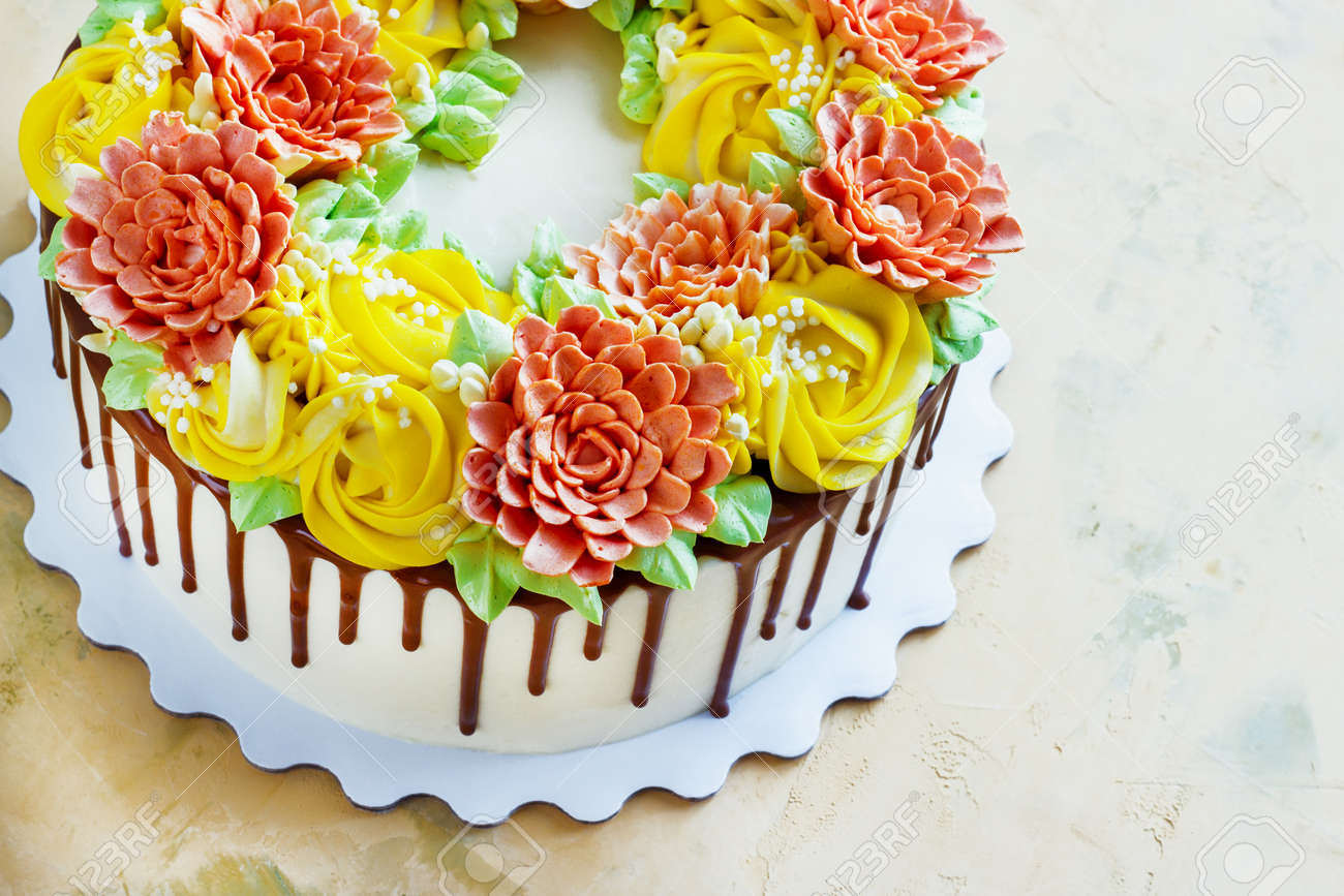 Birthday Cake With Flowers Rose On White Background Standard Bild