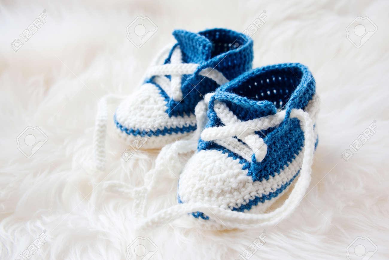 Kleine Babyschuhe Handknitted Erste Turnschuhe Für Neugeborene
