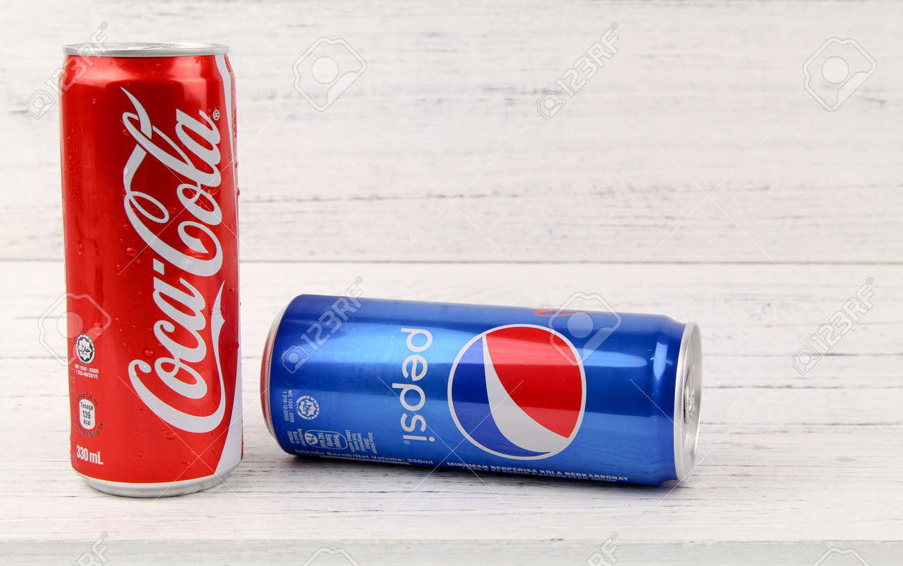 Kuala Lumpur Malaysia 6th August 2017 Coca Cola And Pepsi
