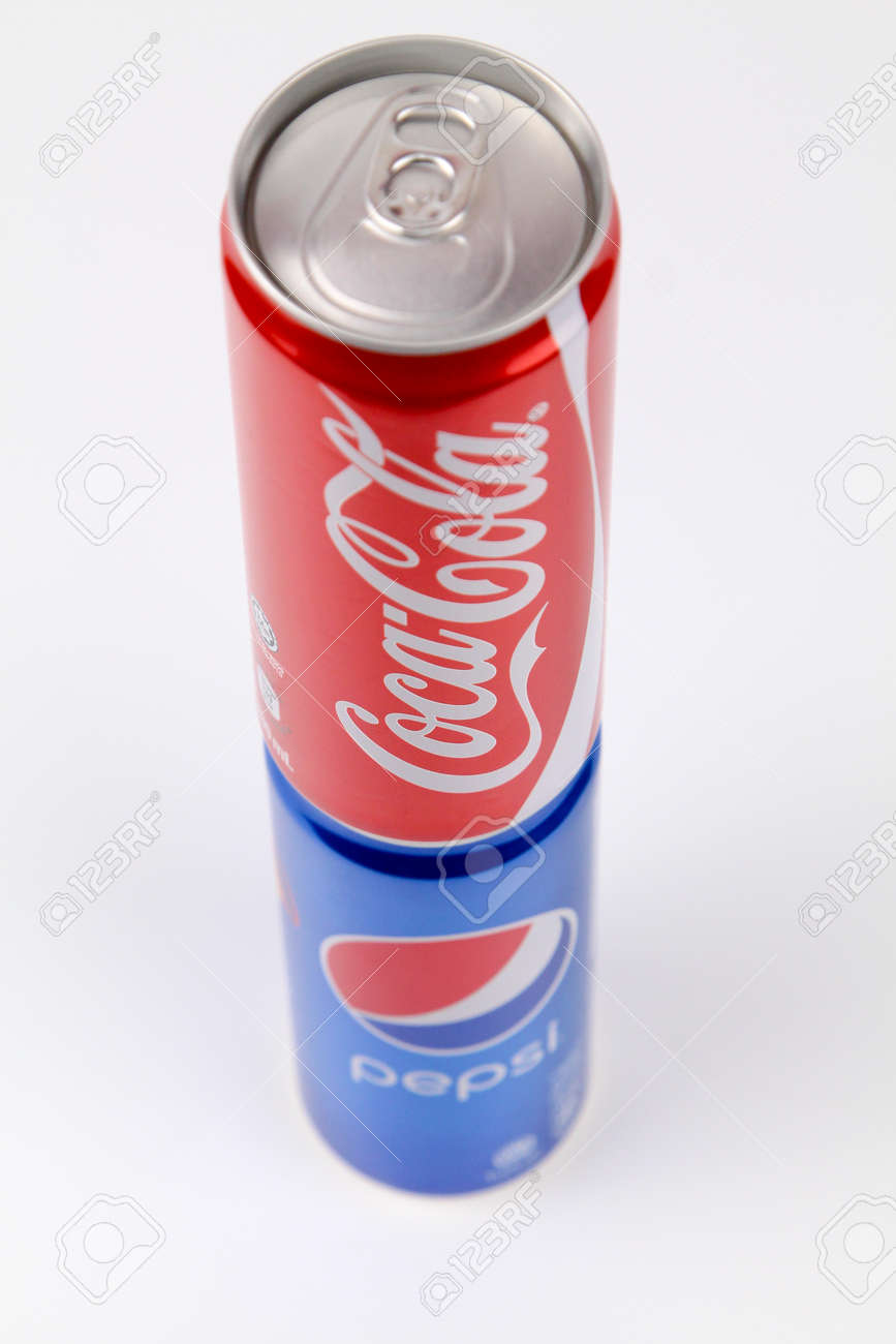 kuala lumpur malaysia 6th august 2017 coca cola over pepsi