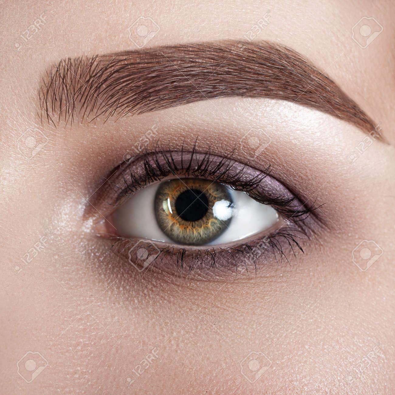 Weibliche Auge Close Up Makro Perfekte Make Up Und Augenbrauen