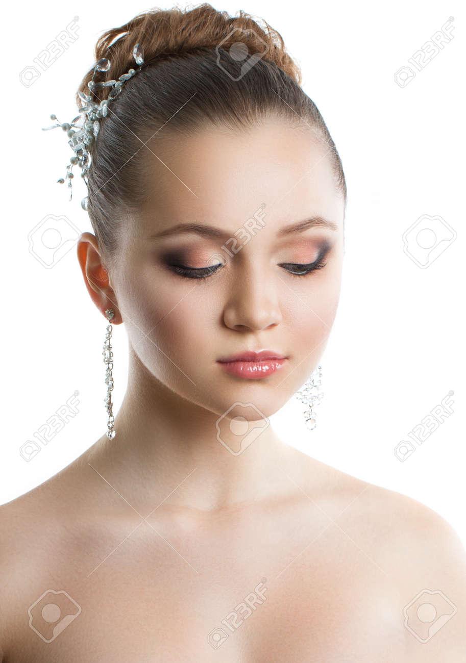 Portrait Eines Jungen Madchens Mit Einer Hochzeit Make Up Perfekte
