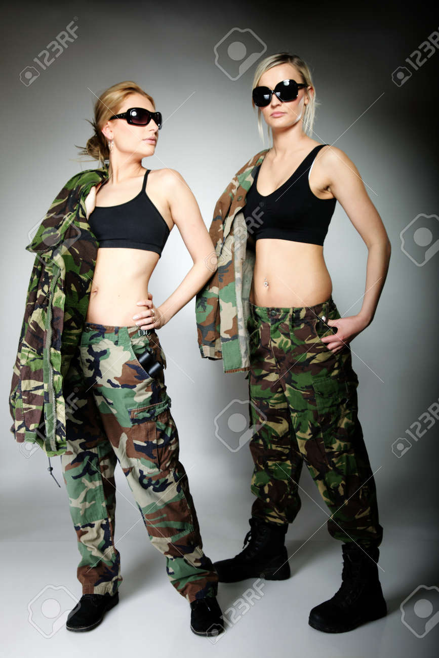 army-girls