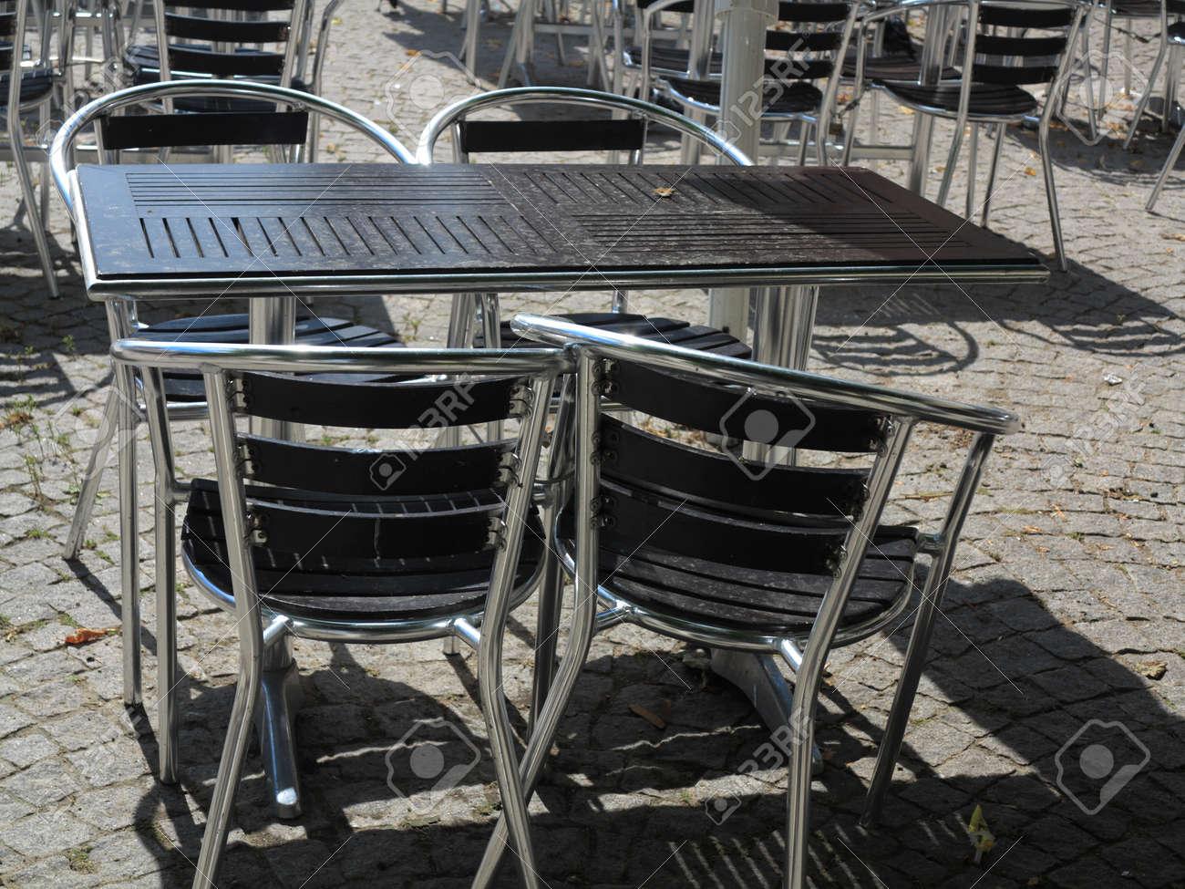 Outdoor Ristorante Terrazza Del Caffè Aperti Sedie Air Bar Con Tavolo Vacanze Estive Sul Ricorso
