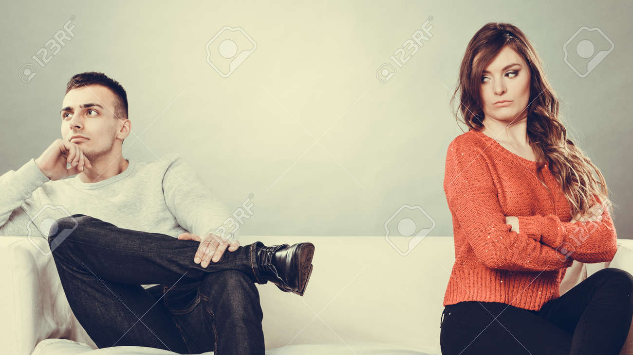 https://previews.123rf.com/images/akz/akz1505/akz150500540/39514664-bad-relationship-concept-man-and-woman-in-disagreement-young-couple-after-quarrel-sitting-on-sofa.jpg