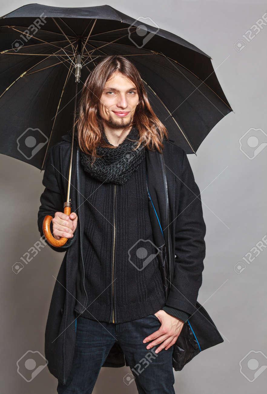 Di Ritratto Moda Cappotto Stock Che Alla Bello Porta Uomo Immagini gEBYqx