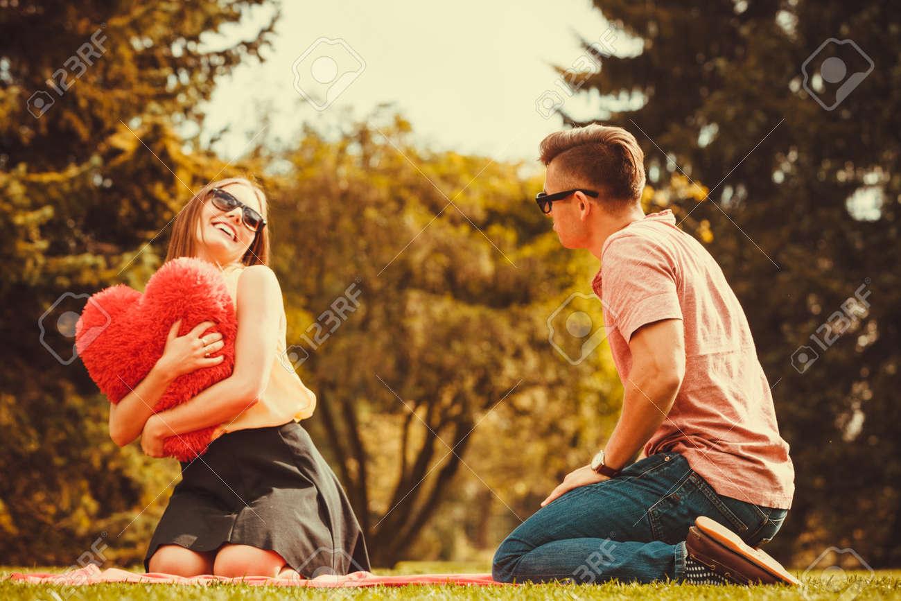 Junge und Mädchen Dating-Spiele