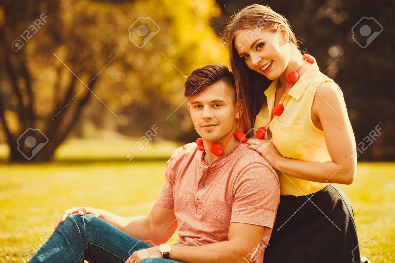 Gefahren von Dating zu jung