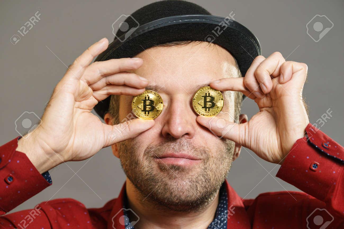 néz bitcoin