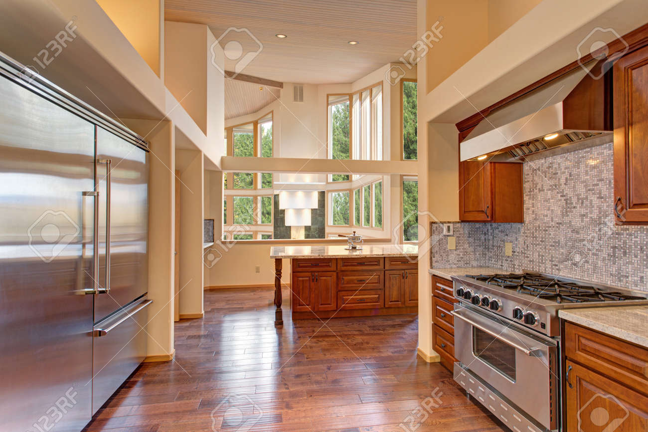 Amazing Kitchen With High-end Stainless Steel Appliances, High ...