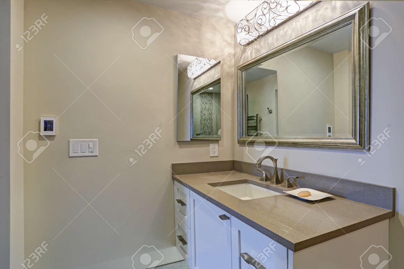 Taupe Bathroom Designs on yellow bathroom designs, light green bathroom designs, purple bathroom designs, hunter green bathroom designs, mahogany bathroom designs, sage bathroom designs, harvest gold bathroom designs, navy bathroom designs, grey bathroom designs, chocolate bathroom designs, plum bathroom designs, teal bathroom designs, coral bathroom designs, mint bathroom designs, white bathroom designs, dark wood bathroom designs, romantic bathroom designs, mauve bathroom designs, hot pink bathroom designs, gray bathroom designs,
