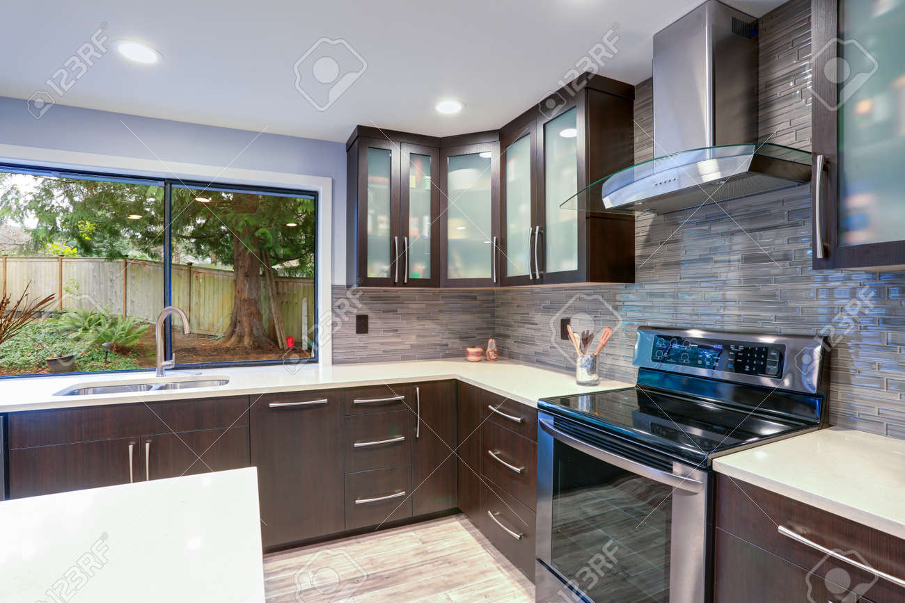 Updated Contemporary Kitchen Room Interior With White Counters