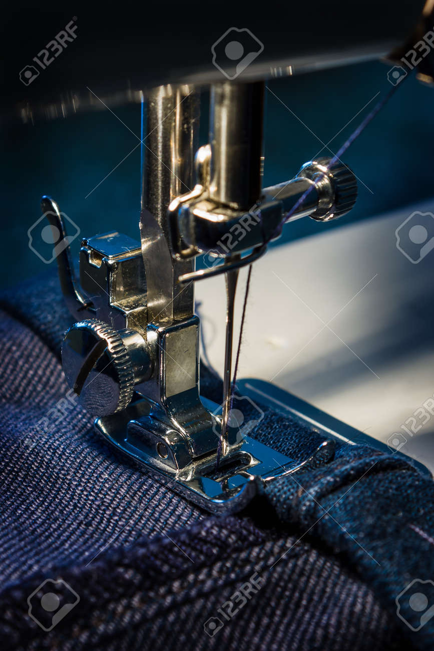sewing machine and item of clothing Stock Photo - 13418941