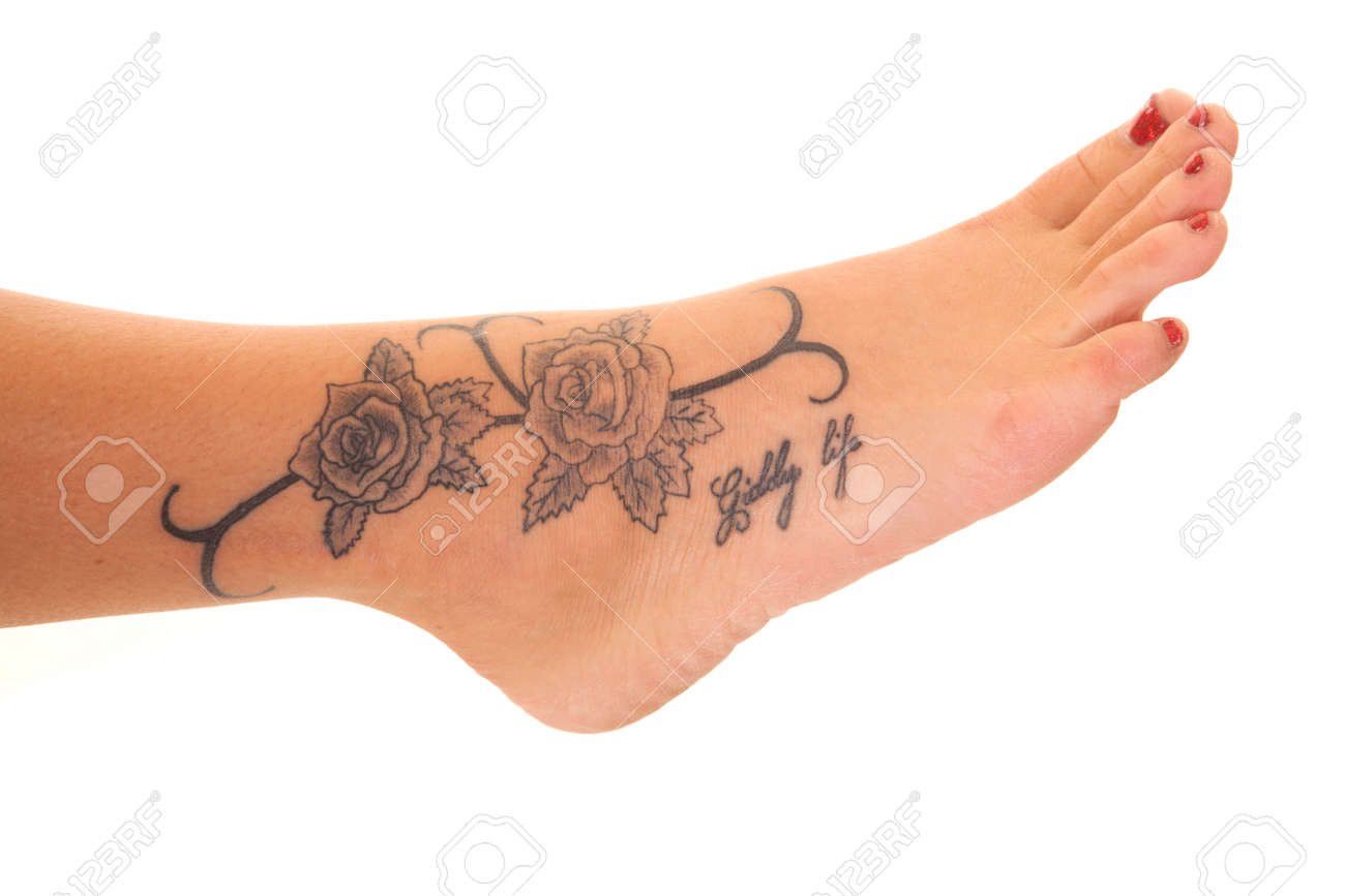 Tattoos fuß frauen Knöchel und