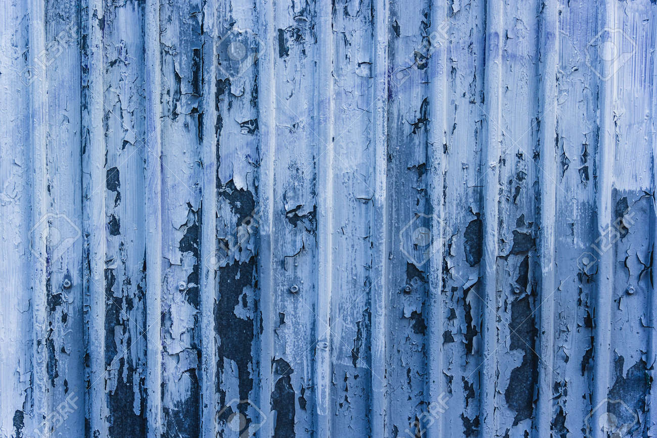 Metal blue wall with peeling paint - 155200189