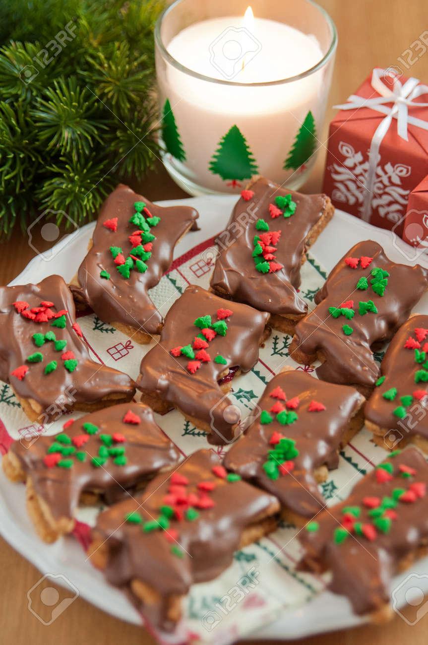 Schokoladen Weihnachtskekse.Stock Photo