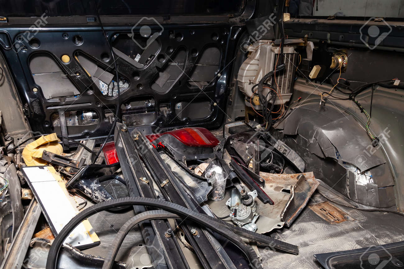 Car Interior Parts >> Car Interior In The Back Of A Van With A Disassembled Lining