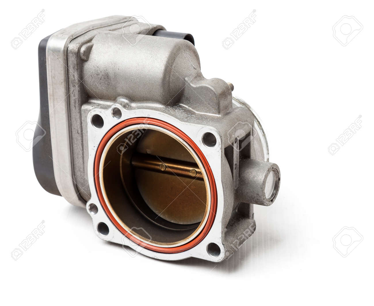 car part engine throttle valve opened by the gas pedal to supply more air to the engine. spare parts catalog for vehicles from the junkyard. - 169051521
